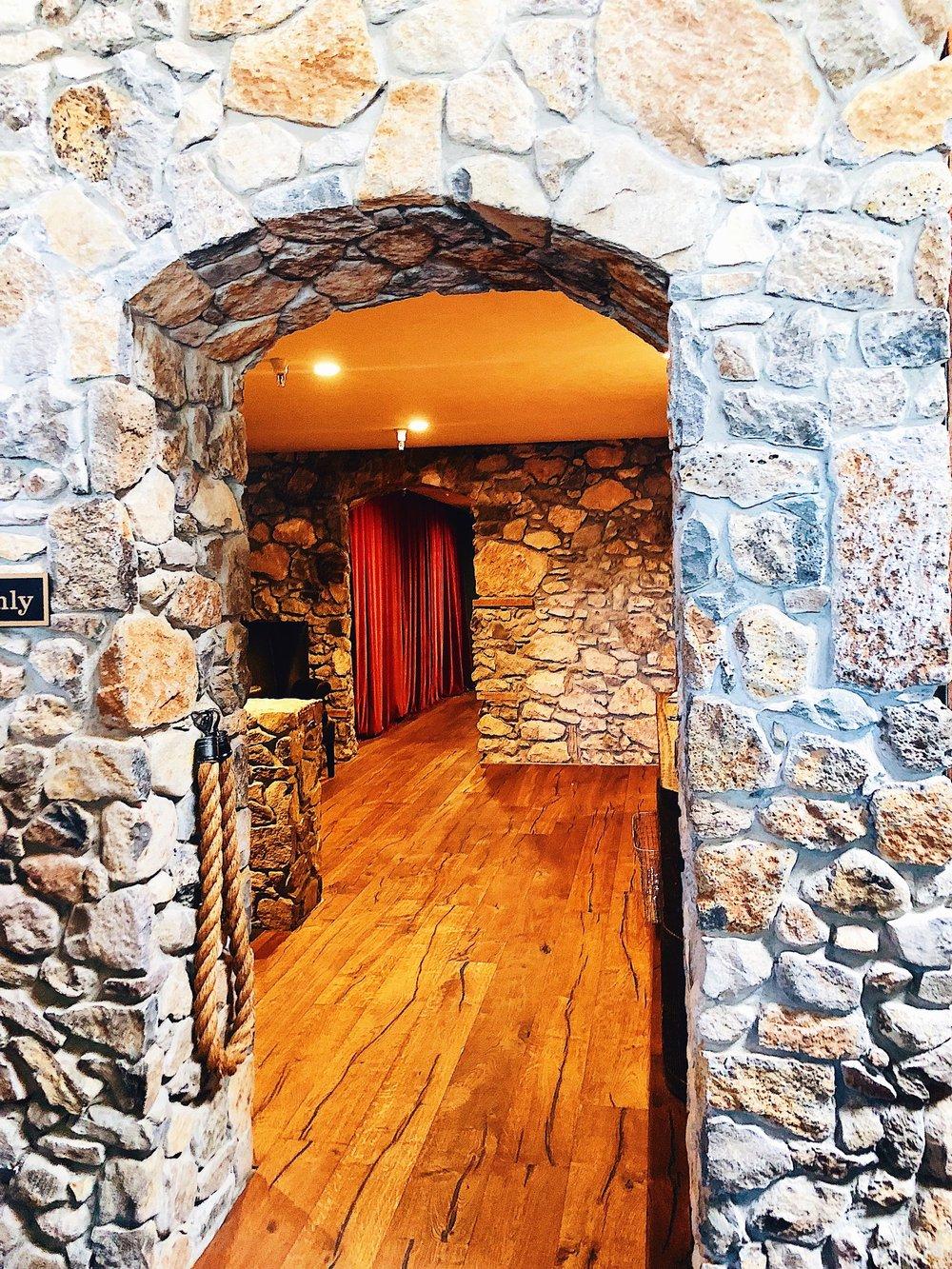 Pangloss Cellars