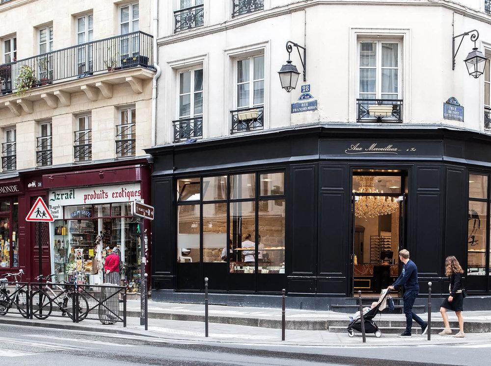 Paris_fb_1.1.jpg
