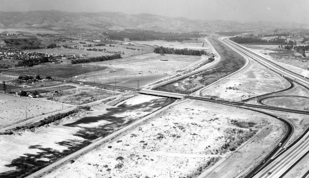 The Imperial Highway bridge crosses the Santa Ana River between Yorba Linda and Anaheim Hills, circa 1970. (Courtesy the Old Orange County Courthouse Museum).
