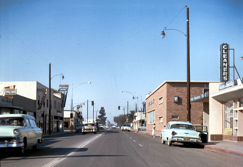 Downtown Garden Grove, 1957 (Courtesy the Orange County Archives).