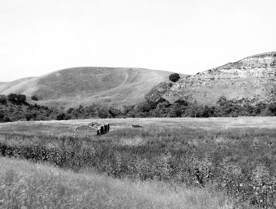 The Trabuco Adobe, circa 1930; the ruins can still be seen in the Arroyo Trabuco extension of O'Neill Regional Park, not far from the intersection of Arroyo Vista and Ria in Rancho Santa Margarita (Courtesy the First American Corp.).