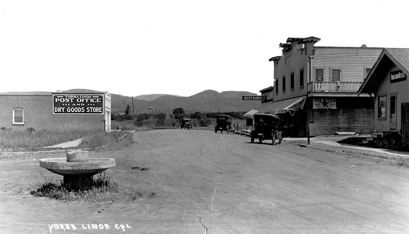 Main Street in Yorba Linda, circa 1920 (courtesy the Orange County Archives).