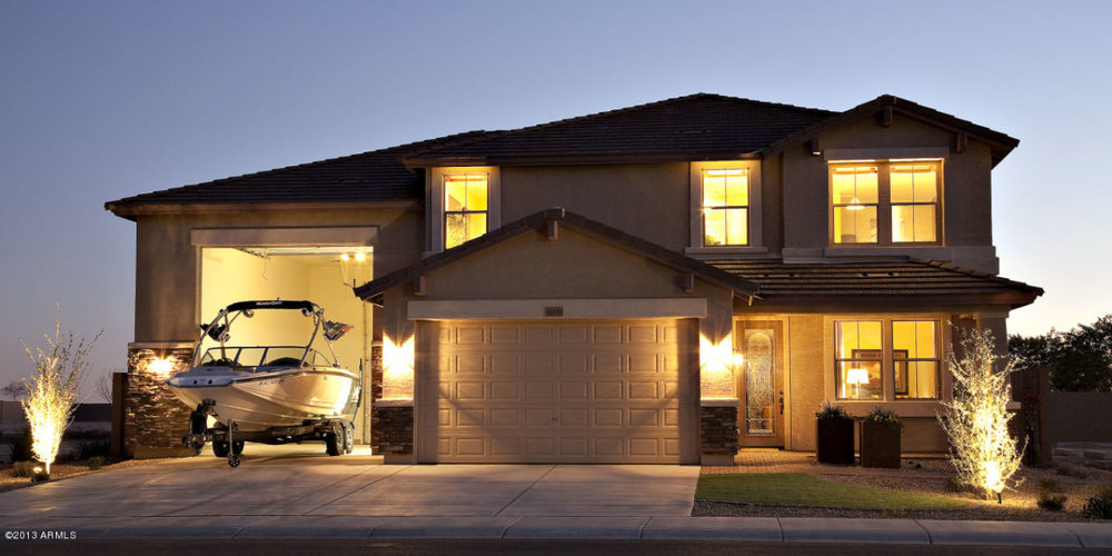 garage house nite.jpg