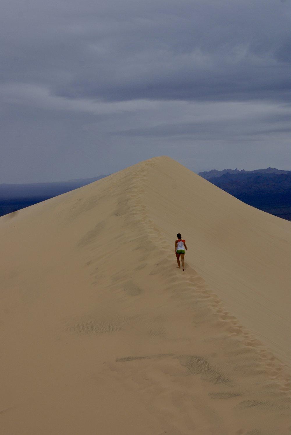 Kelso Sand Dunes Hiking.jpg
