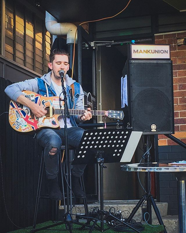 Twas a pleasure to perform at @quincysbarandcafe 1st birthday a few weeks back! Hope to be back again soon ✌🏻