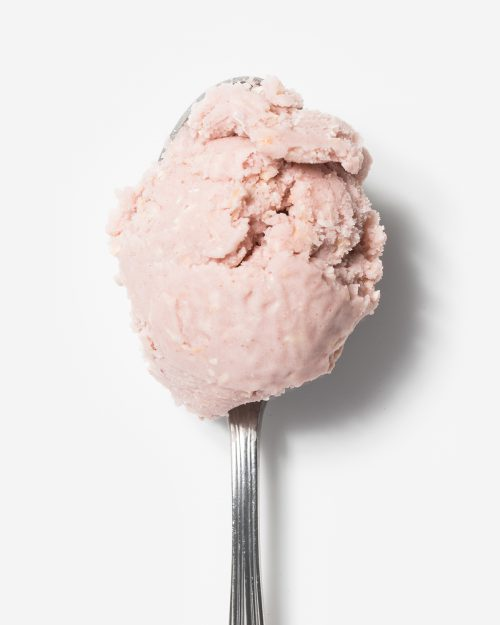 earnest-ice-cream-vegan-strawberry-coconut-spoon-500x625.jpeg