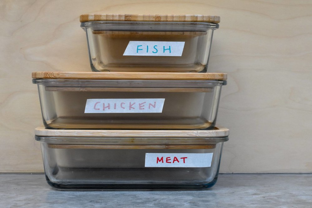 plastic-free-kitchen-meat-fish-chicken