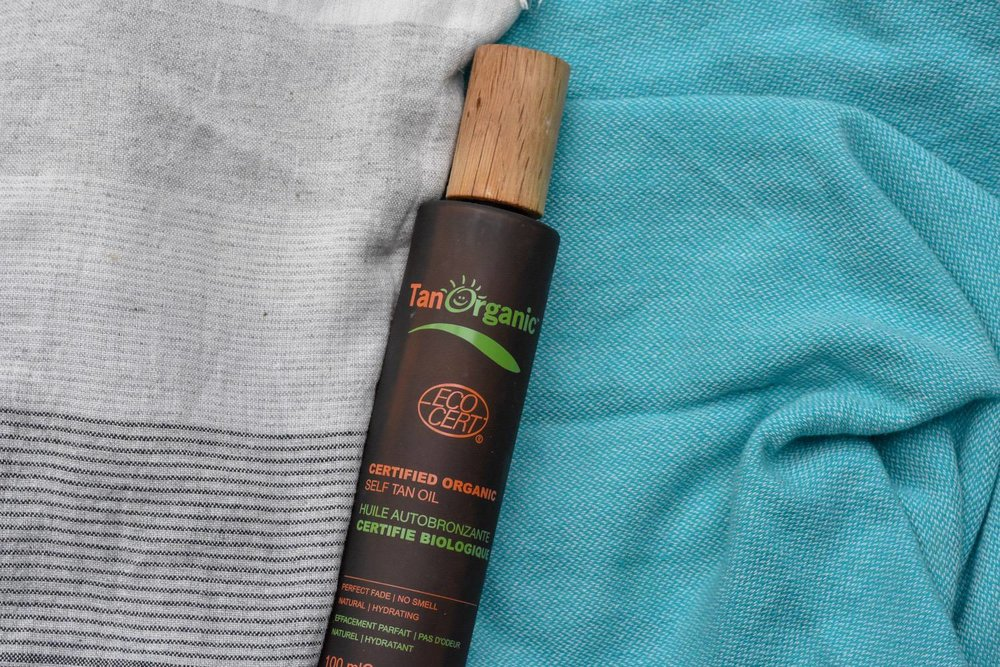 FAKE TAN - If you'd rather fake it than bake-it (v sensible) I've found this brilliant self-tan oil - Tan Organic.It's organic and cruelty free and comes in a glass bottle with a bamboo lid! Even the travel size is in biodegradable plastic. Crucially though, it works really well and doesn't pong.The only downside I can find - at £25, it's pretty expensive. Available direct from Tan Organic - but I found mine at Ocado.