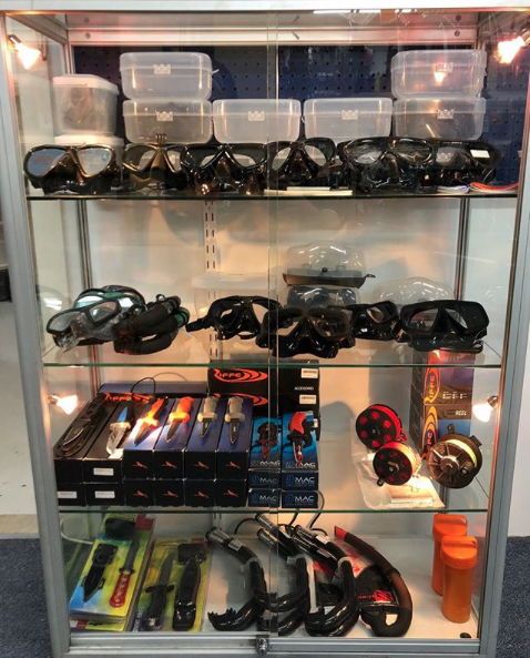 hookedonangling     Have you seen the latest models of Riffe dive knives? Drop in today and check them out.