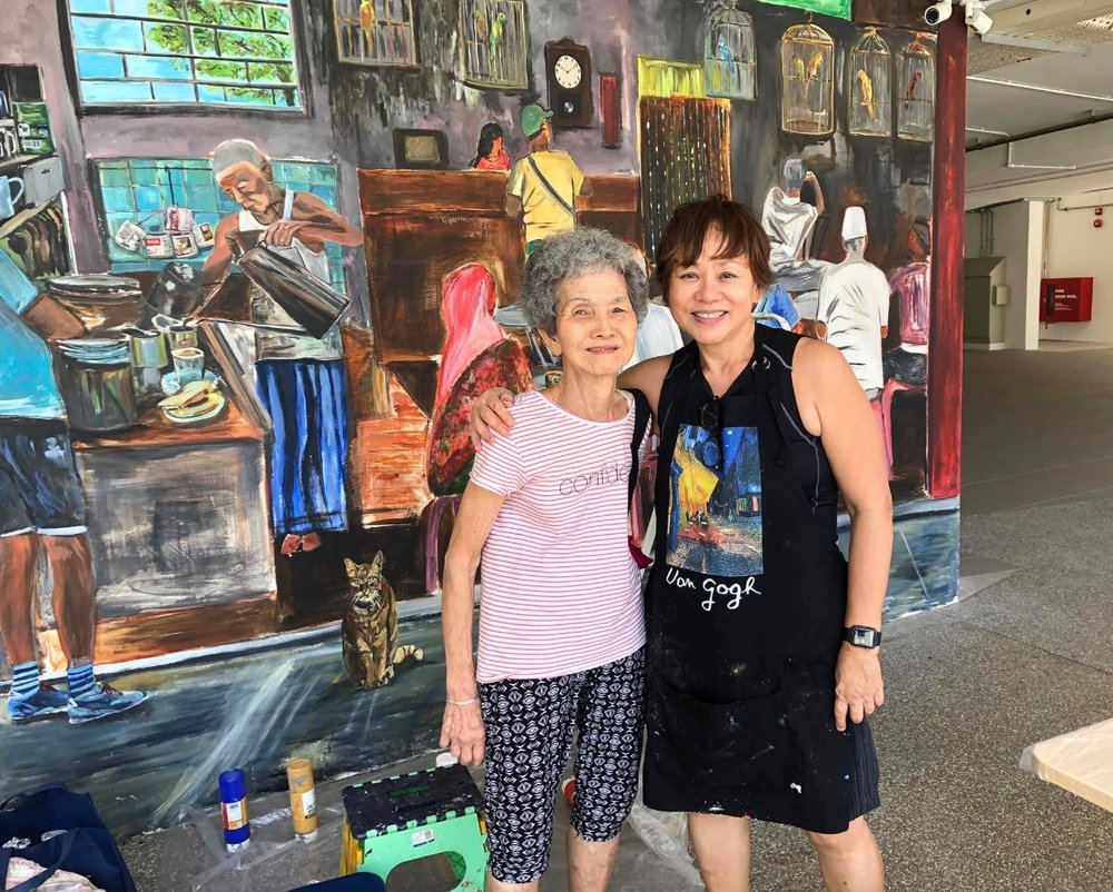 Endearing photo of Auntie Chun who came by twice just to say hello! May she be much blessed with good health always. She looks younger than her 82 years! Such a role model for the seniors!