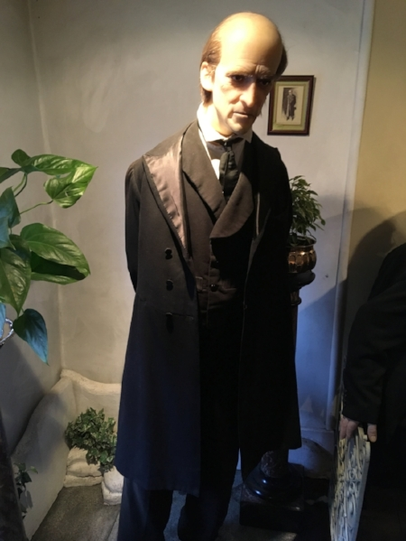 A spooky wax Moriarty
