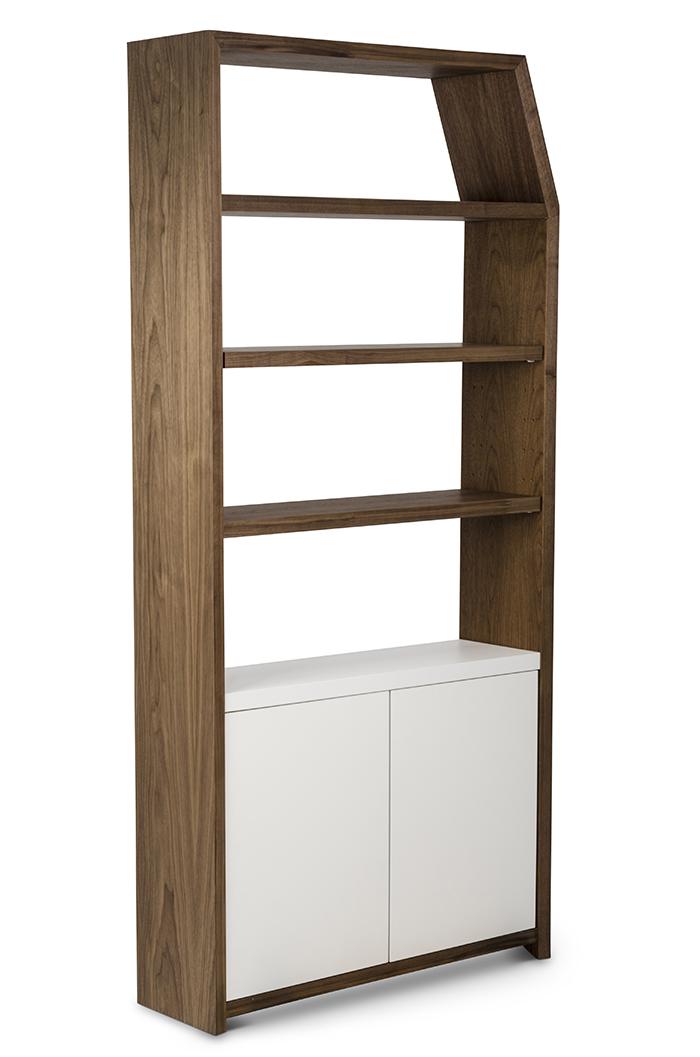 Bookshelf 3.jpg