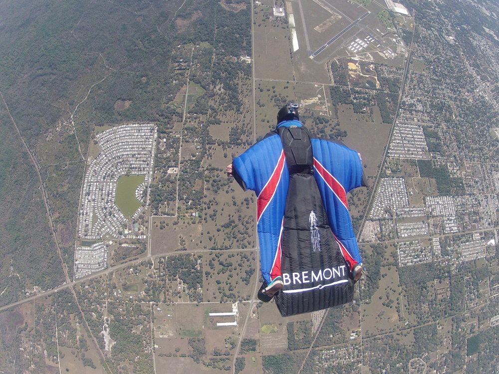 Gary Connery - Parachute Regiment now professional stuntman