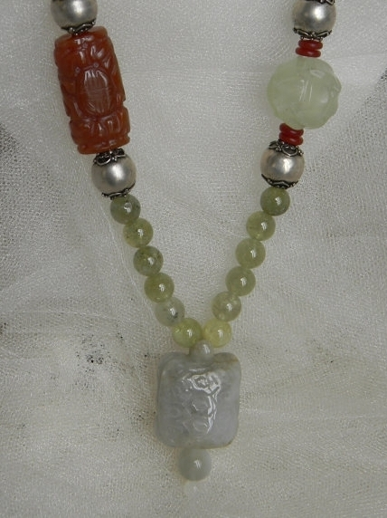 Jade turtle with green garnet beads necklace