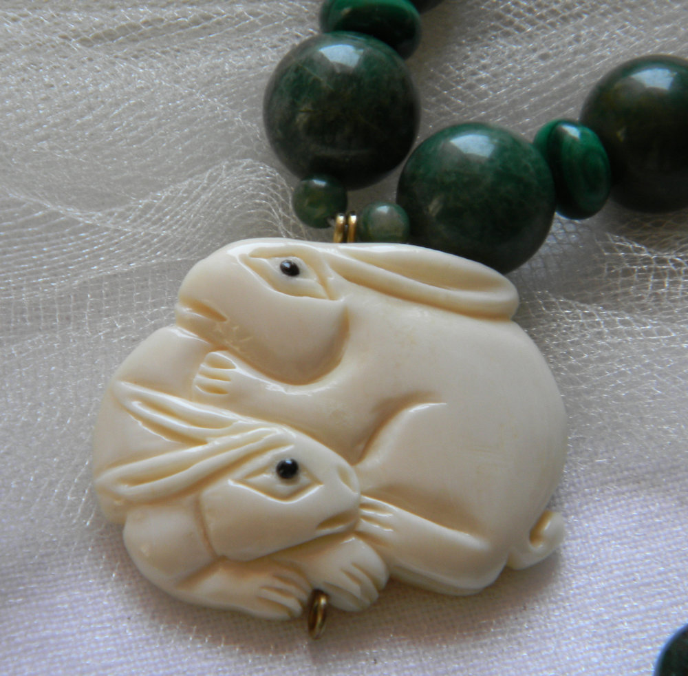 Carved bone rabbits pendant w green jade beads necklace
