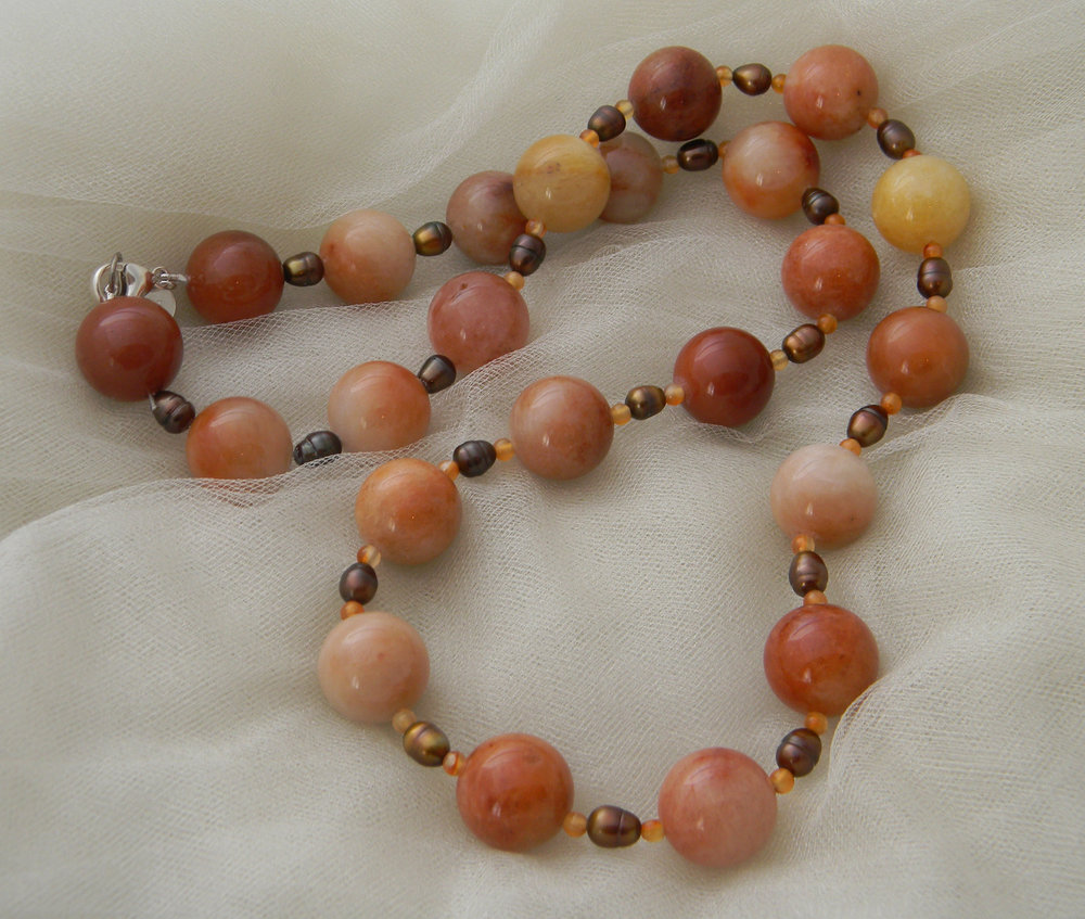 Peach aventurine necklace with cultured pearls & carnelian beads