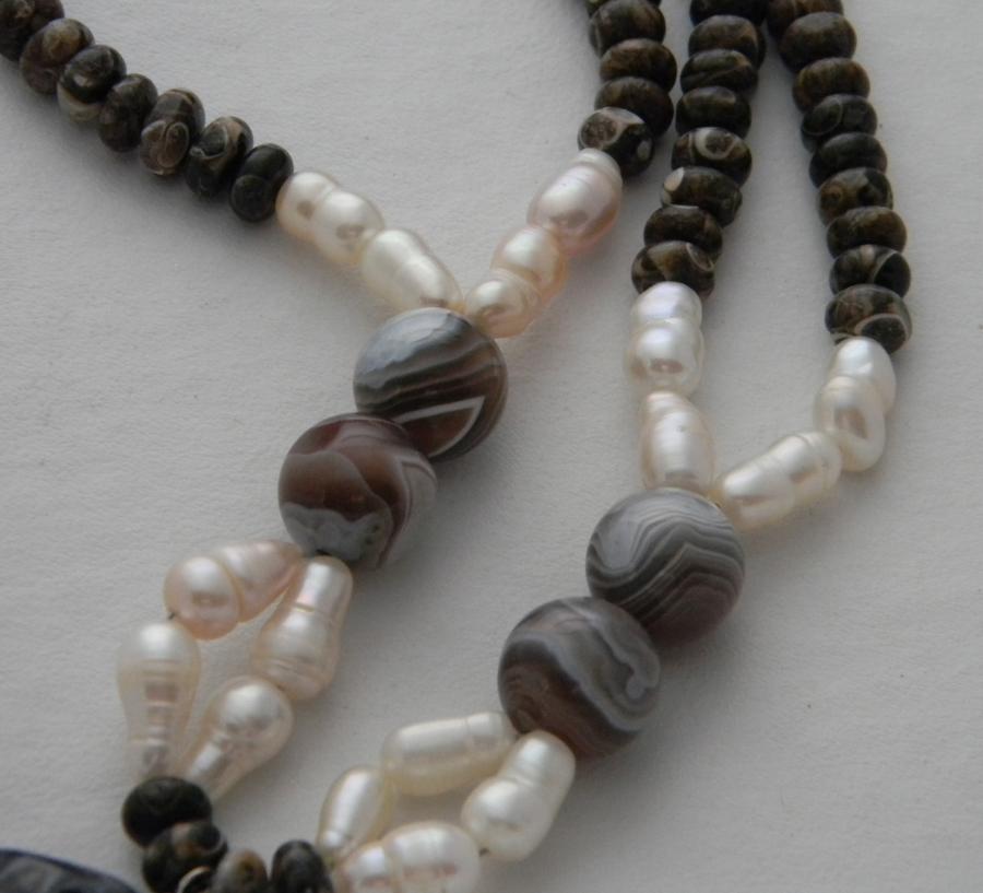 Botswana agate & pearls
