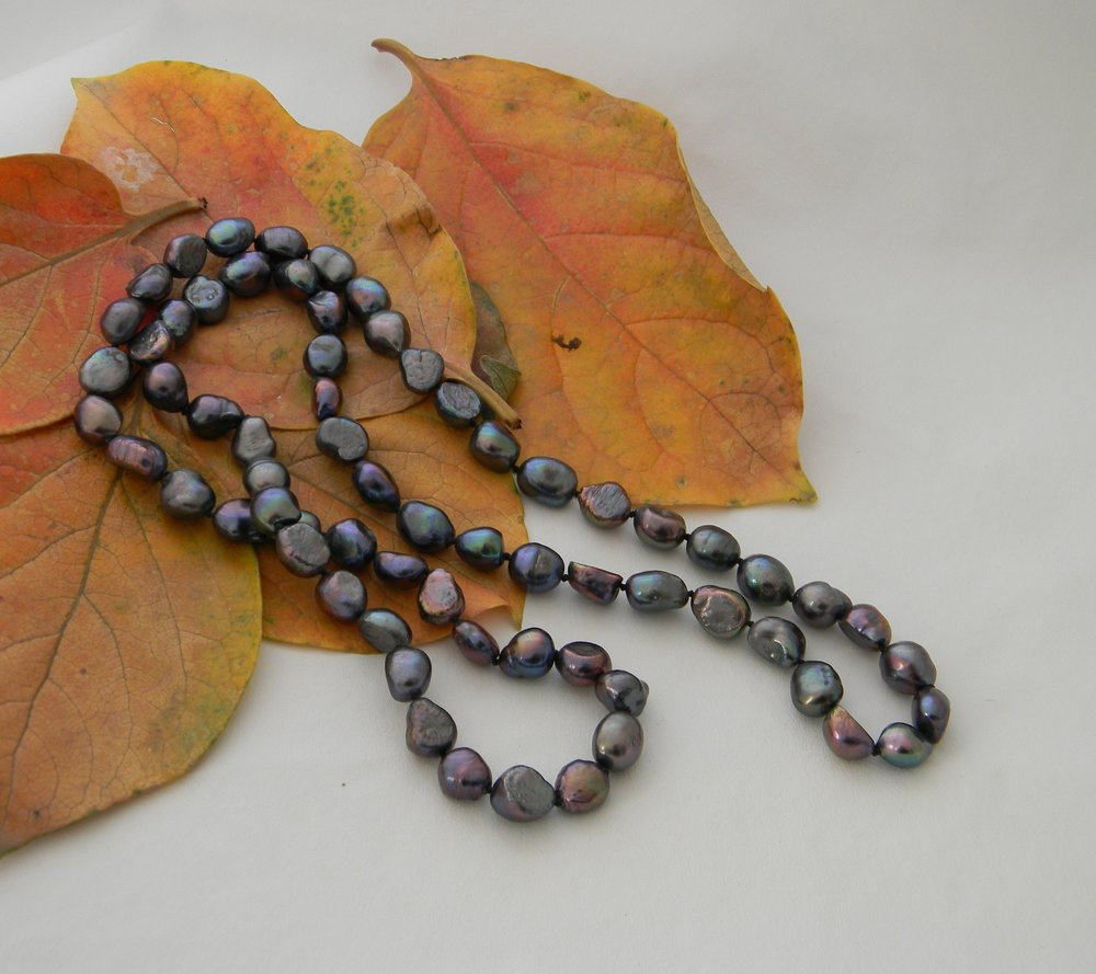 Peacock fresh water pearl necklace , single strand hand knotted cultured blue green asymmetrical no clasp endless necklace ,