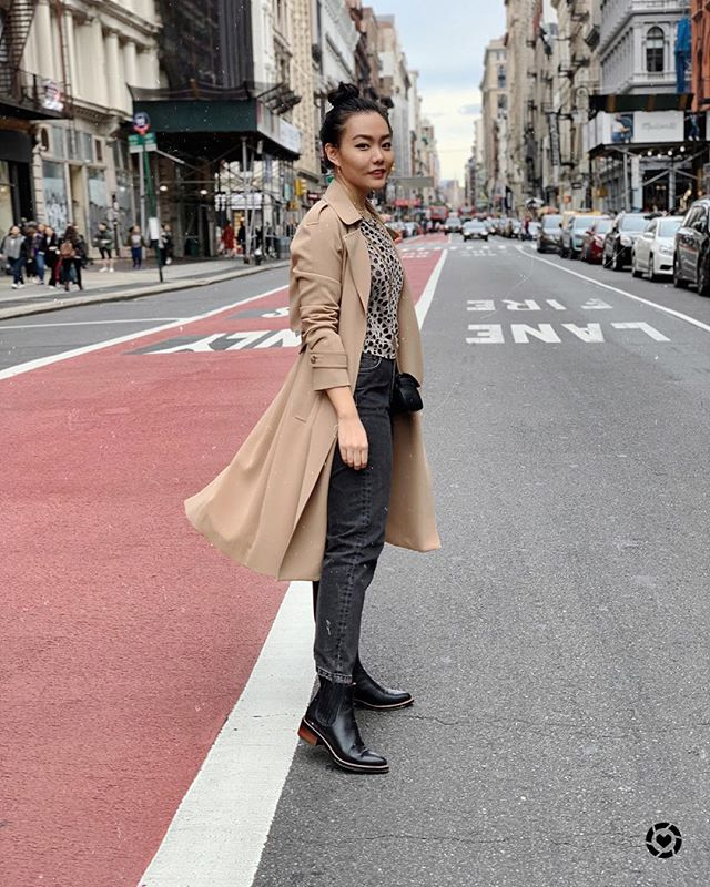 Trench Coat moment 🧥 love the classic beige color but also thinking about getting another color 💙💗💚 ☕️ head over to the LIKEtoKNOW.it appfor my trench coat picks http://liketk.it/2xM7Q . . .  #liketkit @liketoknow.it #outfitideas #styleoftheday#fashionaddict #everydaystyle #style #fashionista #instastyle #outfitinspo #mylook #stylegram #casualchic #bloggervibes #effortlessstyle #whatiwore #thehappynow #discoverunder10k #itbag #fashionblogger #streetstyleluxe  #instagood #photooftheday #streetstyle #nycstreetstyle #htfla #sohonyc #fallfashion2018 #trenchcoat #girlboss