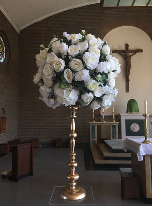 Essex artificial silk wedding flower hire essex hertfordshire essex artificial silk wedding flower arrangement hire mightylinksfo