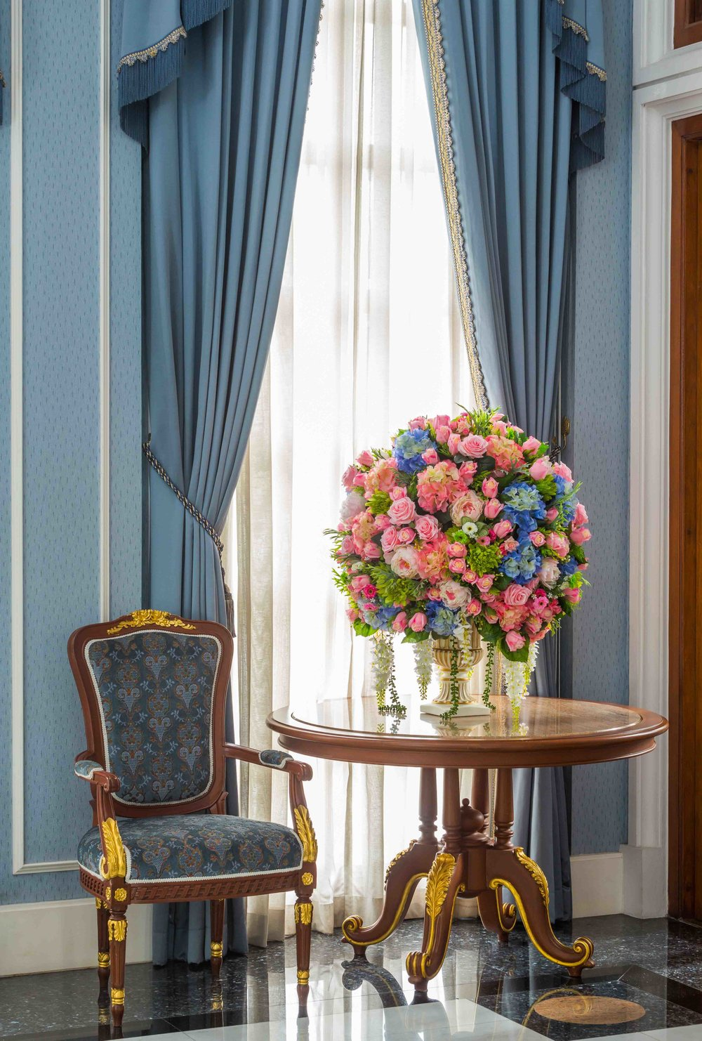 Artificial_Corporate_Flowers_Private_Home