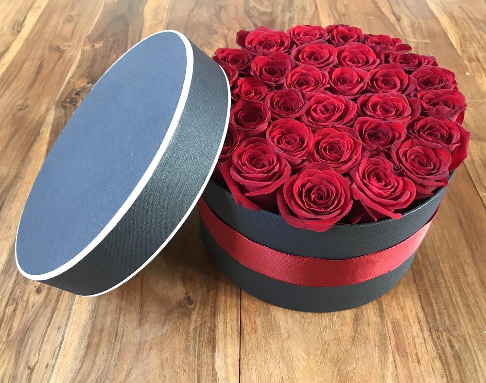 FRESH HAT BOX FLOWERS -