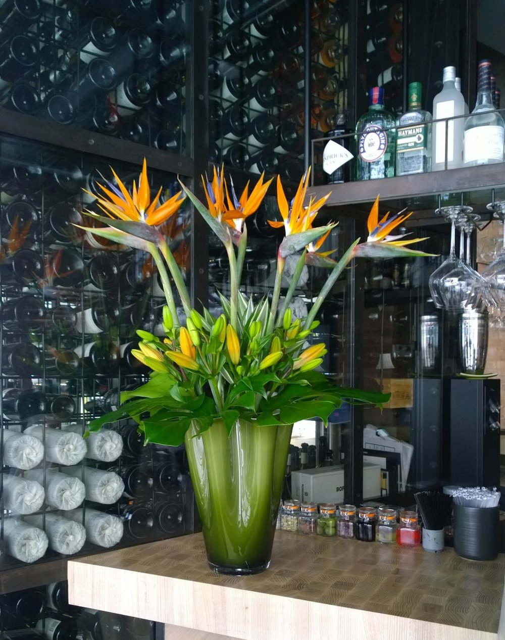 HOTEL, CORPORATE & OFFICE FLOWERS - Creating weekly flower contracts for Offices, Hotels, Restaurants and Bars in London, Essex and Hertfordshire.