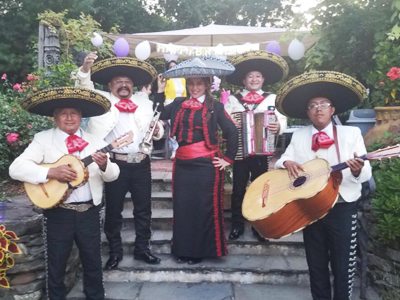 Mariachi Players