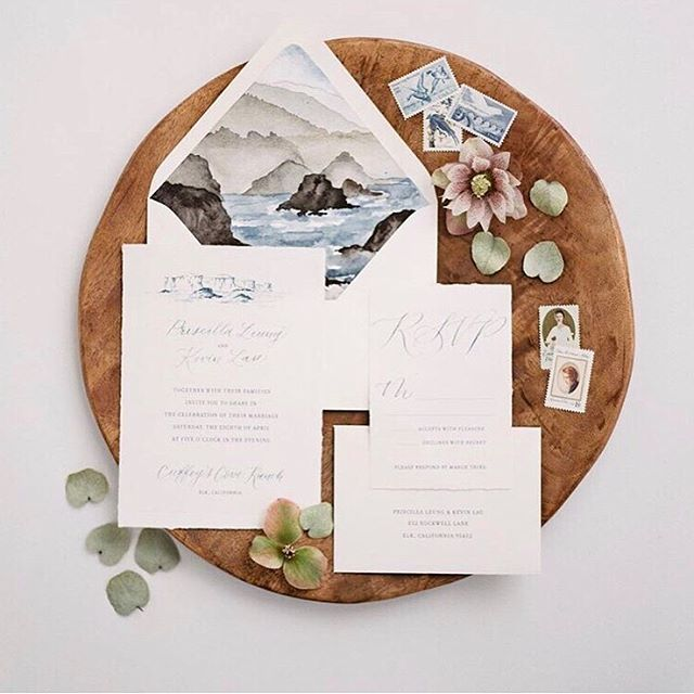 Featured on @oncewed yesterday! Yay! I sure do love my Montana mountains but this was such a fun change from my usual mountain artwork, and I'm so happy with how it turned out. Be sure to look at the feature because there is so much inspiration in every image!  Photos: @jeremiahandrachel @jeremiahphoto  Design and florals: @greenwoodevents @ardengreenwood Tabletop: @thetopmontana Venue: @cuffeyscoveranch