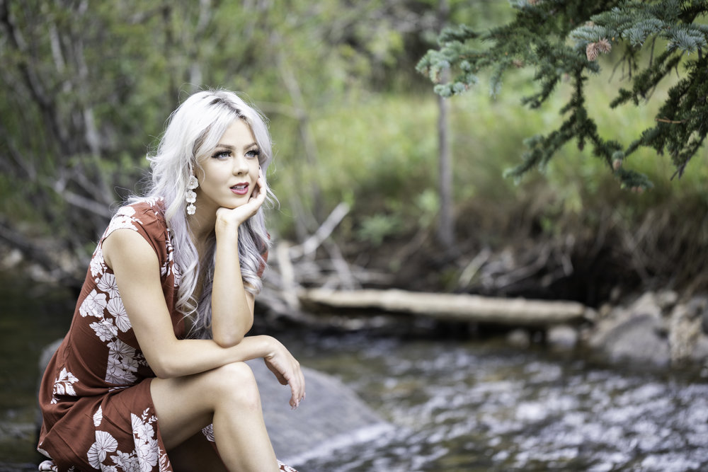 Model in photos: Ashlie Wynne