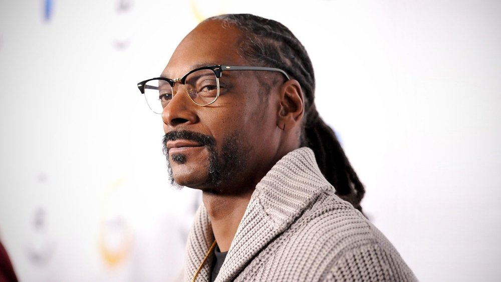 011117-music-snoop-dogg-2.jpg