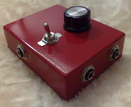Maybe this device can help process feedback?Thanks to greetings.from for use of this image True Bypass/Feedback Loop Pedal (WIP Pedal 1) under Creative Commons.