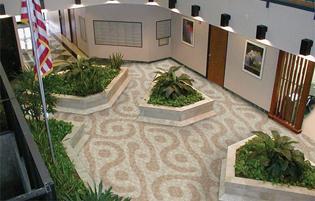 coco-IT-lobby2004.jpg