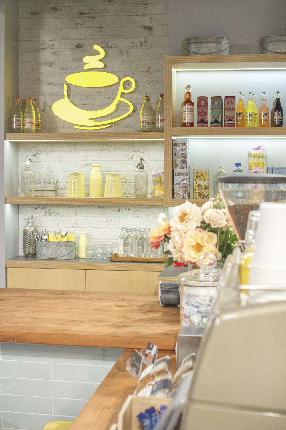 Harold's Cafe Set, Neighbours (Channel 11)    Logo, Graphic Design and Signage, 2015