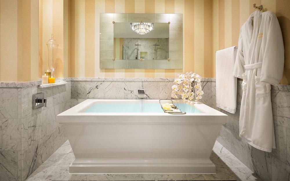 MLB-Architectural-Catalina-Suite-Bathroom-Tub.jpg