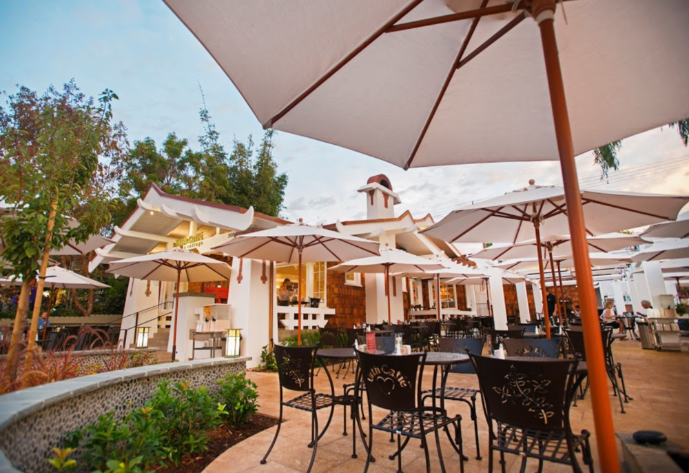 Images courtesy of Urth Caffe
