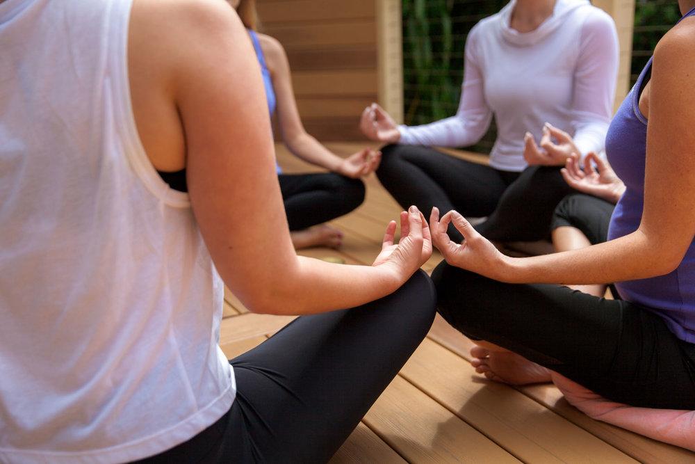 annalisa_yoga-48.jpg