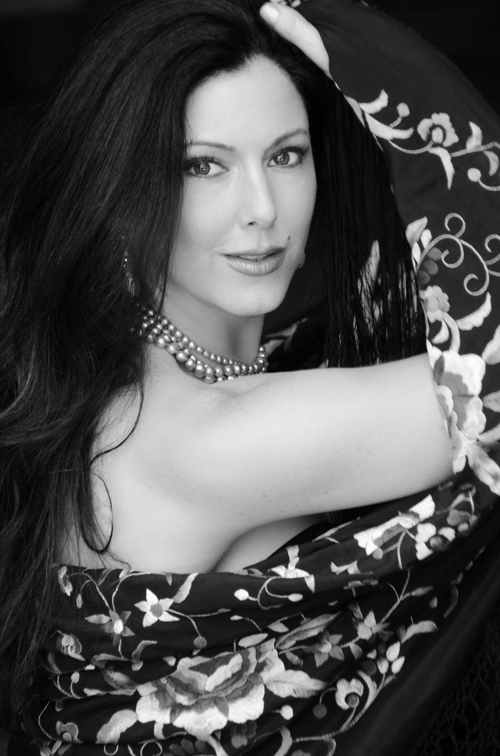 CAMILLE ZAMORA,   vocalist