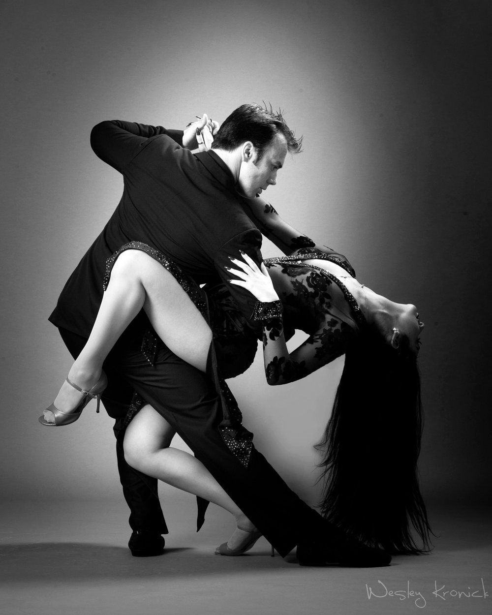 Patricio Touceda & Sonya Tsekanovsky,  DANCERS