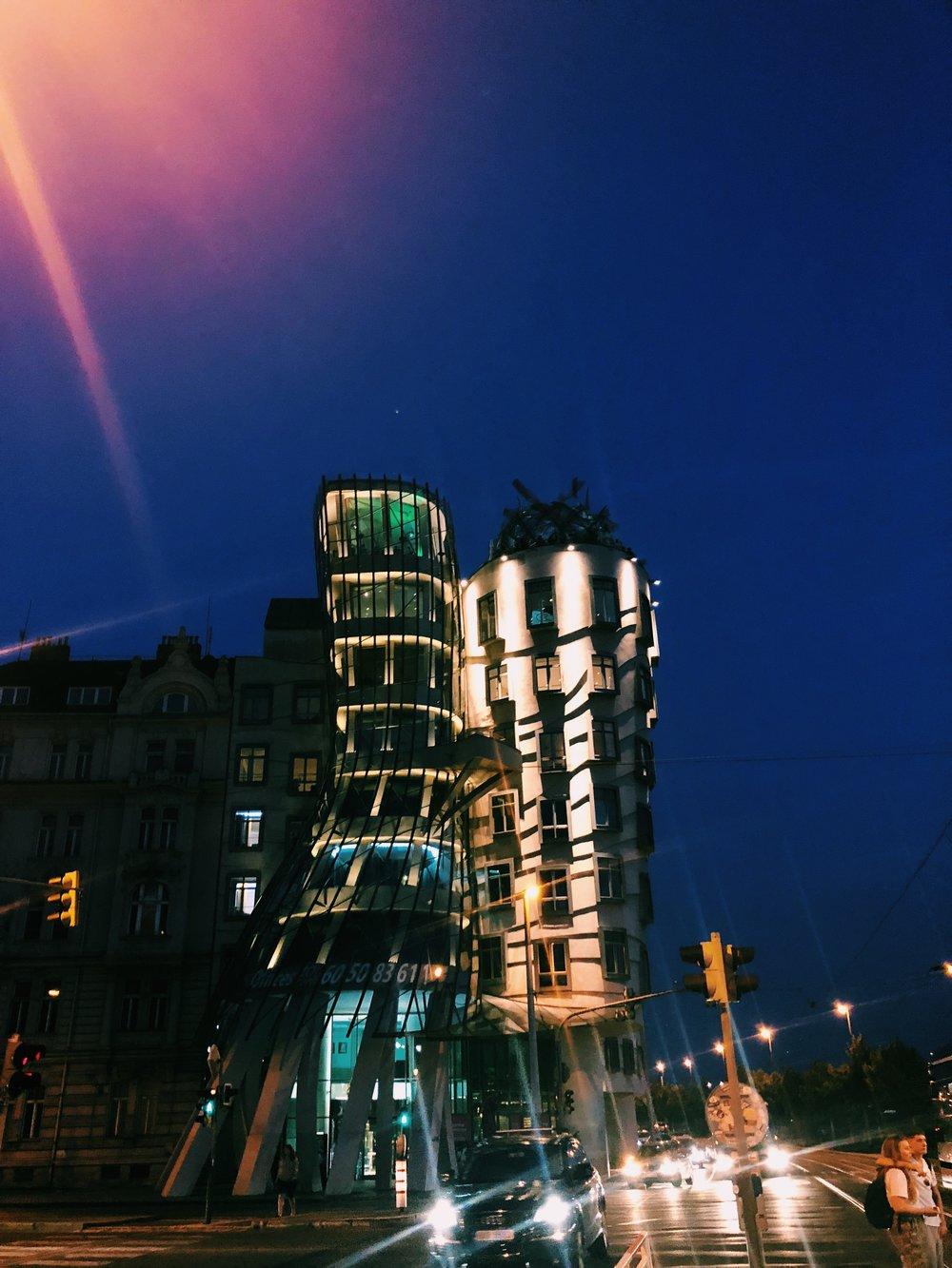dancing-towers-prague.JPG