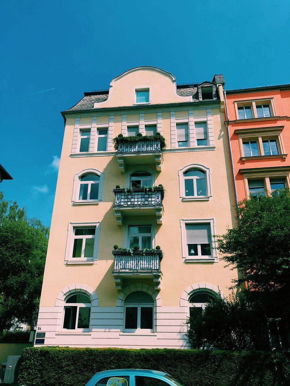 frankfurt-germany-neighborhood.JPG