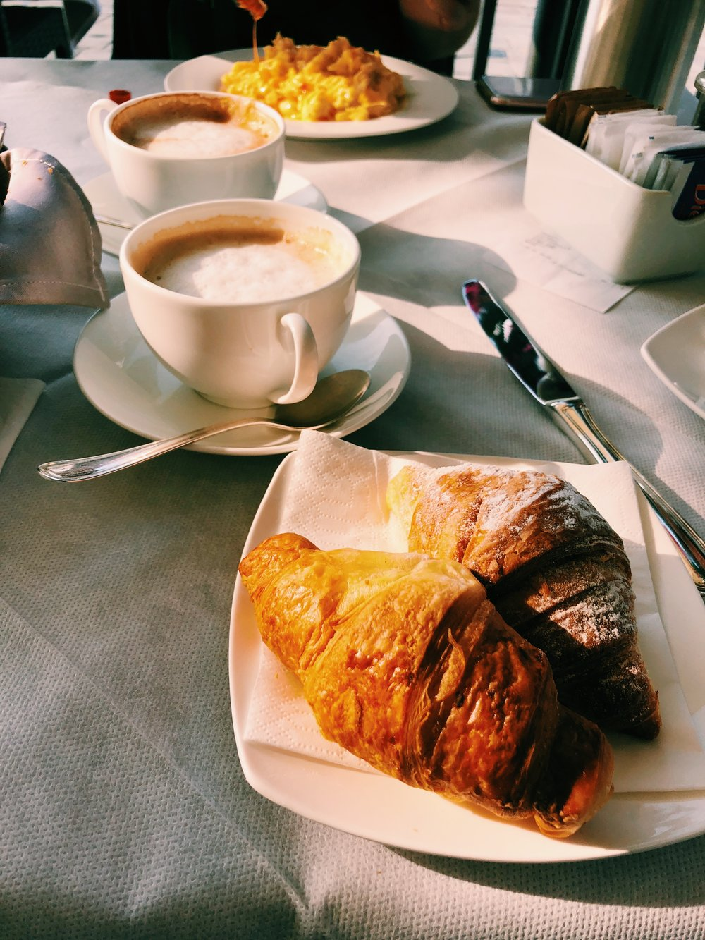 croissant-venice-italy.JPG
