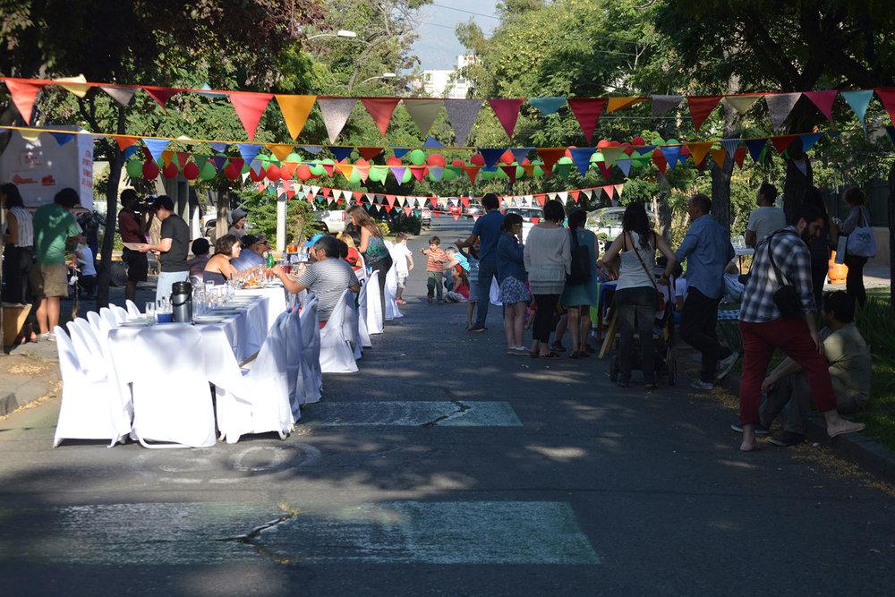 Malón Urbano - Una gran mesa para construir comunidad