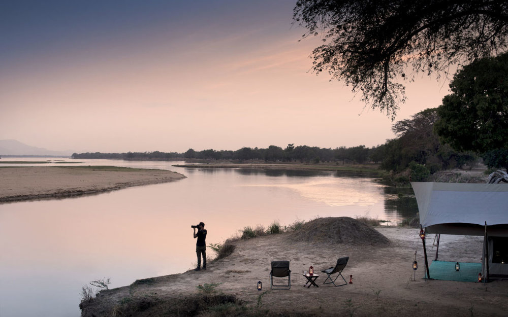 african safari experts zambezi expeditions camp mana pools zimbabwe