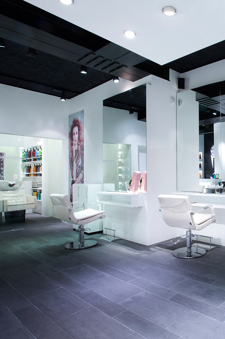 LUXURIOUS SALONS -