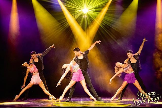 "Boka dina biljetter nu för ""Dance The Night Away"" Sverigeturné Hösten 2019 i en stad nära dig!  Missa inte chansen att se denna spektakulära dansshow, boka dina biljetter idag! ———————————— Get your tickets for 'Dance The Night Away' touring Sweden autumn 2019 in a city near you.  Don't miss out! Book now and get your tickets today!  www.dancethenightaway.se @dancethenightawayshow ————————————— Photography @fionawhytepics 📸  #dancethenightawayshow #dancethenightaway #ballroom #latin #dance #show #sverigeturné #sweden #sverige"