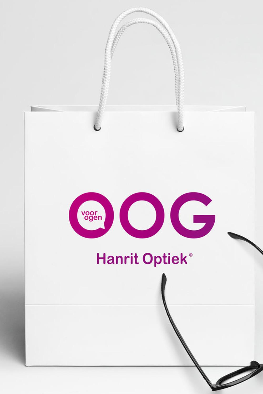 Hanrit Optiek - Voor een optiek in Den Haag ontwikkelden we diverse logovoorstellen met bijbehorende huisstijl en reklame uittingen.Bekijk meer ➝