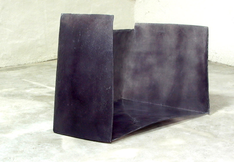 In reverse . 2008. Polyester resin. Dimensions: 120 x 70 x 60 cm