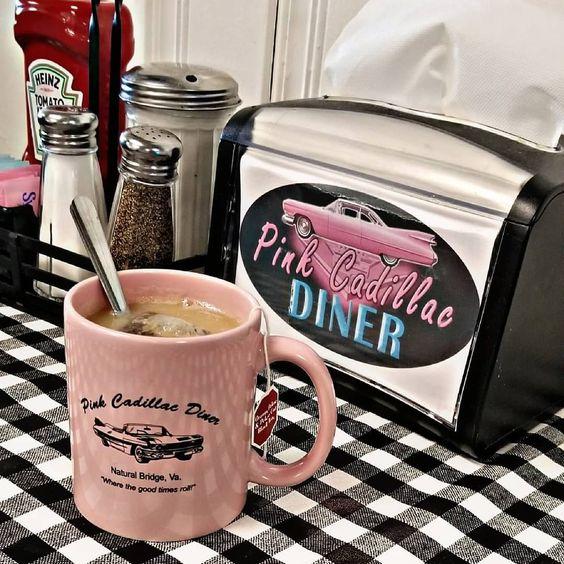 Pink Cadillac Diner, c/o @ daniruhf
