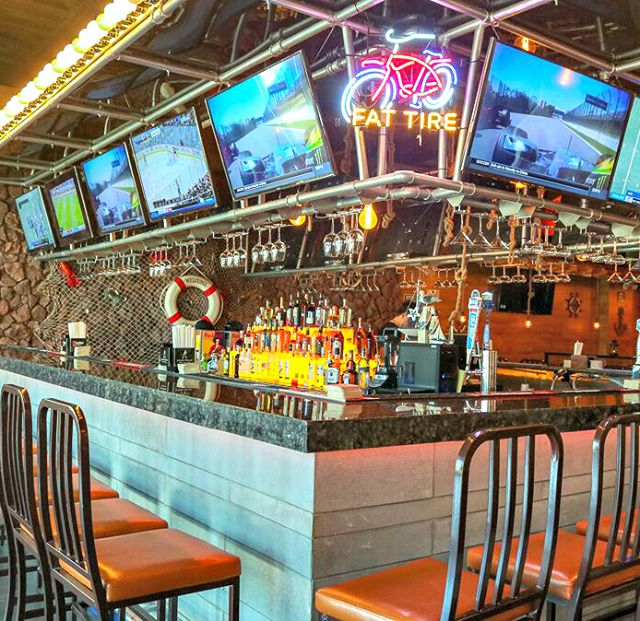 #WeekendVibes are strong here at Hook and Reel! Grab your friends and stop by our fully stocked bar for drinks and delicious eats.